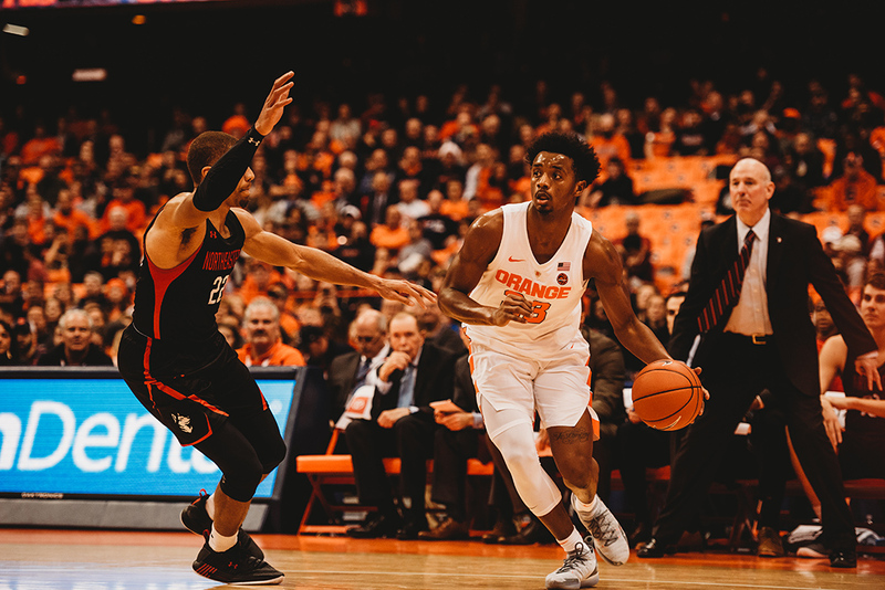 Syracuse Picks Up 4th Straight Win 72 49 By Attacking Northeastern